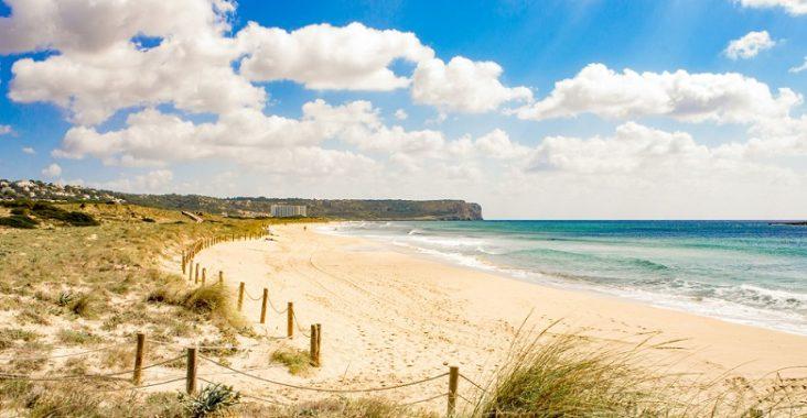 plage de Son Bou à Minorque